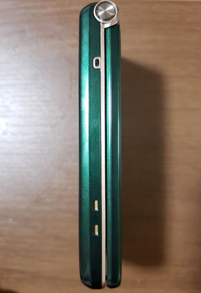 AQUOS K SHF34(ガラホ)横