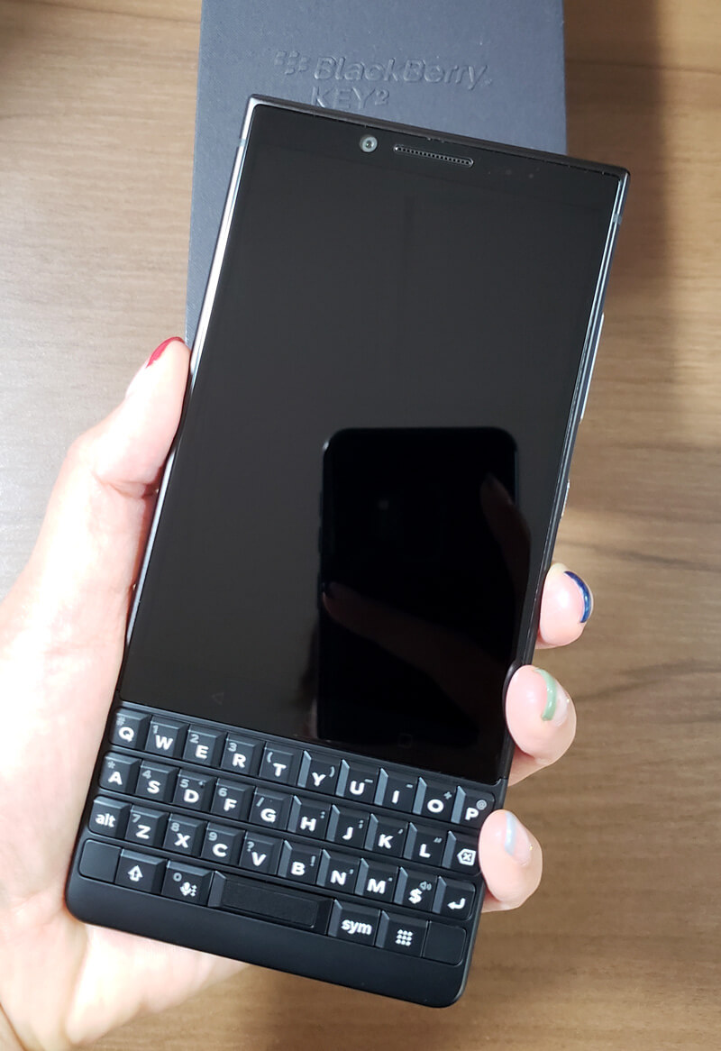 BlackBerry KEY2 正面