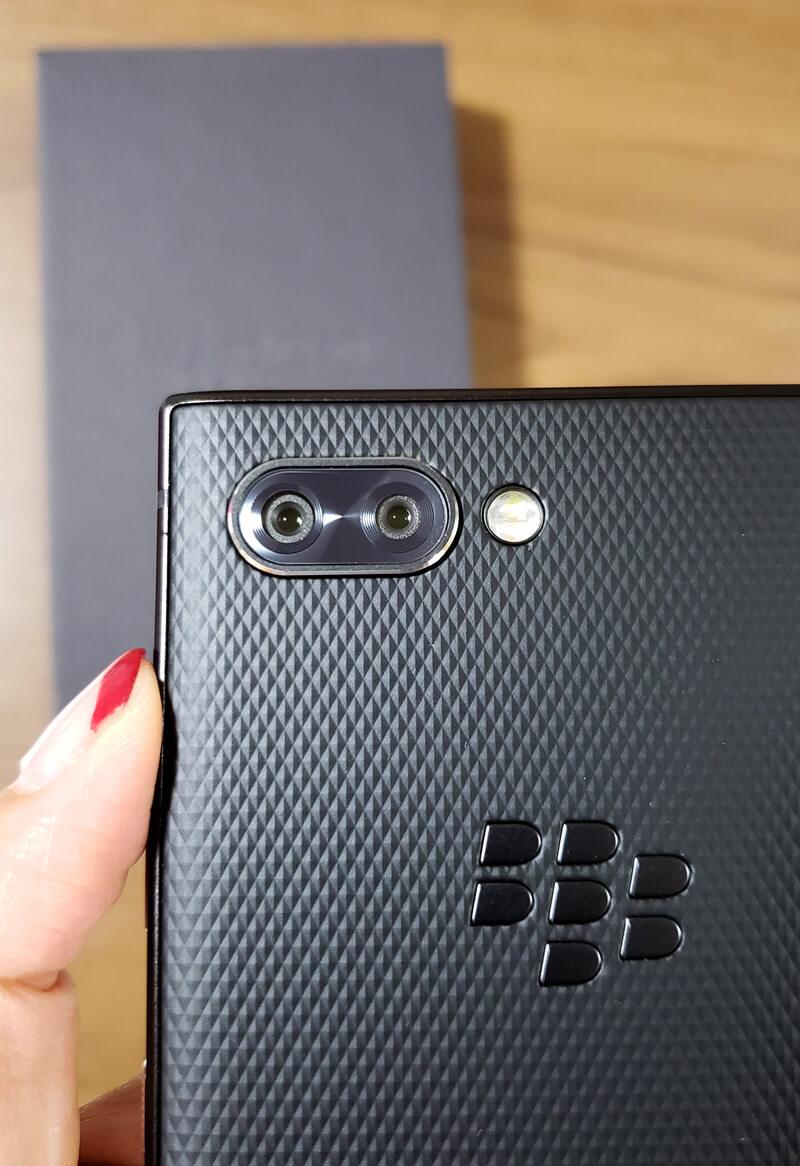 BlackBerry KEY2 裏面カメラ